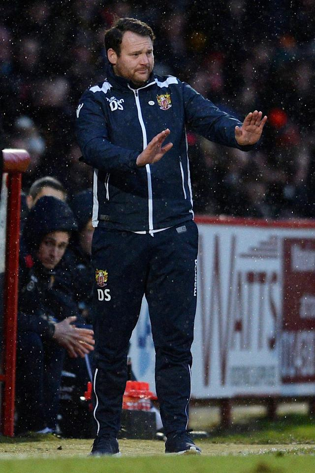 Soccer Football - FA Cup Third Round - Stevenage vs Reading - The Lamex Stadium, Stevenage, Britain - January 6, 2018 Stevenage manager Darren Sarll Action Images/Alan Walter