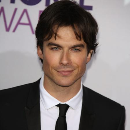 Ian Somerhalder: I work with hot chicks