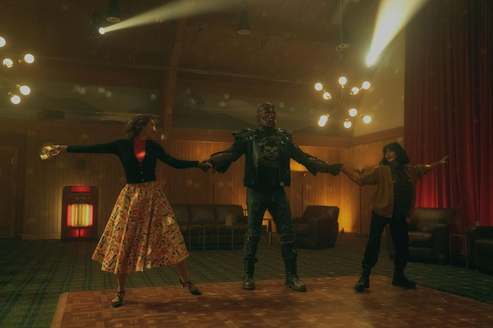 April Bowlby, Riley Shanahan and Diane Guerrero as Rita Farr, Cliff Steele and Jane in Doom Patrol Season 3. (Photo: HBO Go)