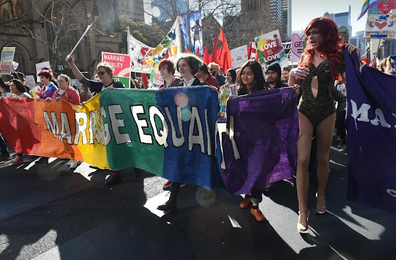 Supporters of same-sex marriage attend a rally in Sydney on August 9, 2015 (AFP Photo/Peter Parks)