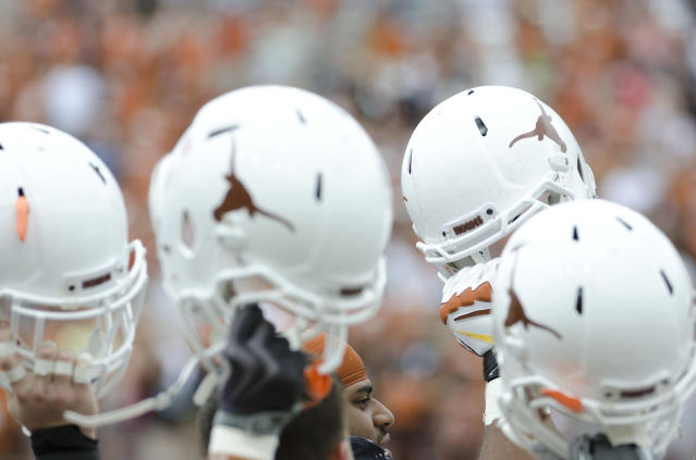 Texas players cleared by NCAA following allegations of accepting meal from agent