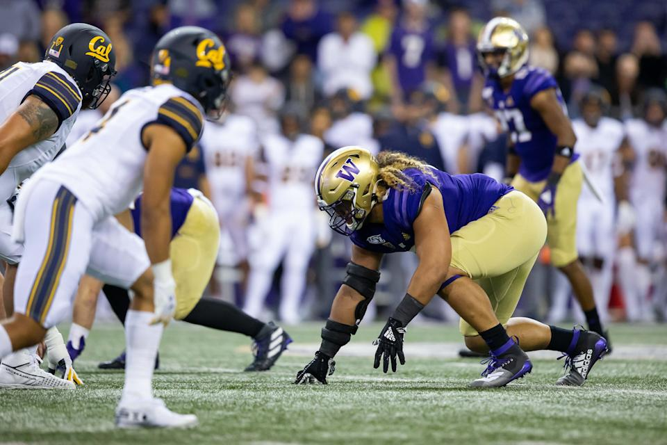 SEATTLE, WA - SEPTEMBER 07: Washington Huskies defensive lineman Benning Potoae (8) lines up for a play during the second quarter of a game between the Washington Huskies and the California Golden Bears on Saturday, September 7, 2019 at Husky Stadium in Seattle, WA. (Photo by Christopher Mast/Icon Sportswire via Getty Images)