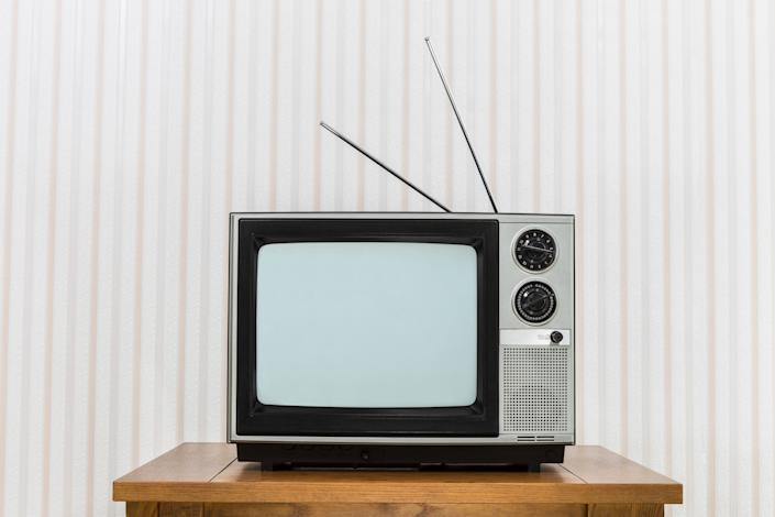 "<h1 class=""title"">Old Television with Antenna on Wood Table</h1> <cite class=""credit"">Photo: Via Getty Images</cite>"