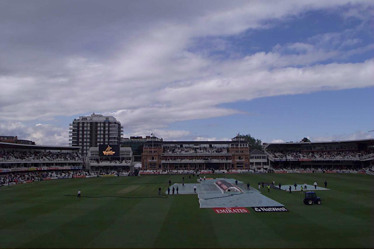 20 Jun 1999:  The covers go on a Lords as rain delays the 1999 Cricket World Cup Final between Australia and Pakistan at Lords Cricket Ground, London. Mandatory Credit: Lawrence Griffiths/ALLSPORT