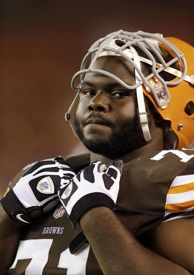 """FILE - In this Aug. 8, 2013 file photo, Cleveland Browns nose tackle Ahtyba Rubin watches the action during a preseason NFL football game against the St. Louis Rams in Cleveland. When the Pittsburgh Steelers and Browns renew their heated rivalry and hatred for each other on Sunday, Nov. 24, 2013, there is bound to be a few extra shoves, a handful of late hits and maybe even some illegal cheap shots. """"You could use the word hate,"""" Rubin said when asked for his feelings about the Steelers. (AP Photo/Tony Dejak, File)"""