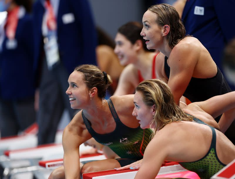 Swimming - Women's 4 x 200m Freestyle Relay - Medal Ceremony