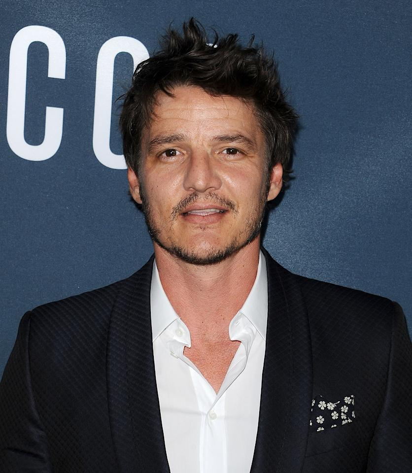<p><strong>Game of Thrones</strong> alum Pedro Pascal, who's most recently appeared in Netflix's <strong>Narcos</strong> series, plays the show's titular bounty hunter.</p>