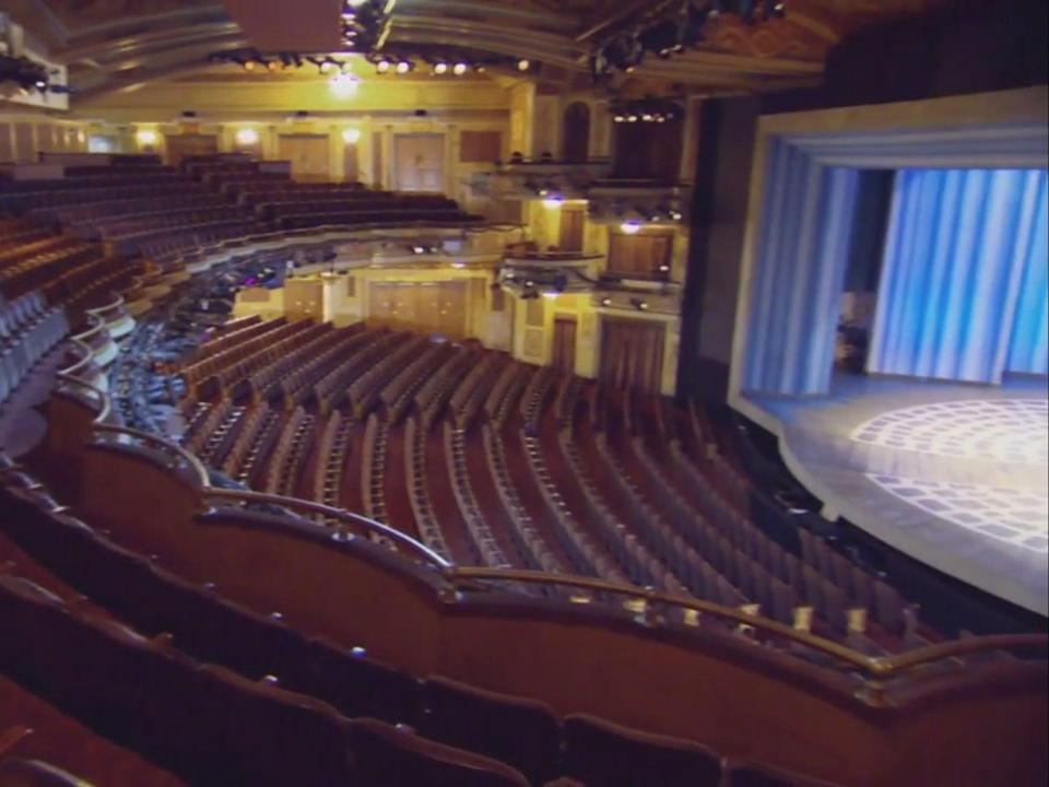 The Winter Garden Theatre in New York City, where the incident occurred ((SpotlightOnBroadway - YouTube))