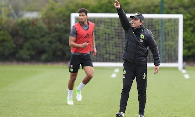 "<span class=""element-image__caption"">Antonio Conte is expecting Manchester United to come out with all guns blazing against his Chelsea team on Sunday. </span> <span class=""element-image__credit"">Photograph: Darren Walsh/Chelsea FC via Getty Images</span>"
