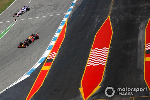 "Pierre Gasly, Red Bull Racing RB15, Sergio Pérez, Racing Point RP19 <span class=""copyright"">Sam Bloxham / Motorsport Images</span>"