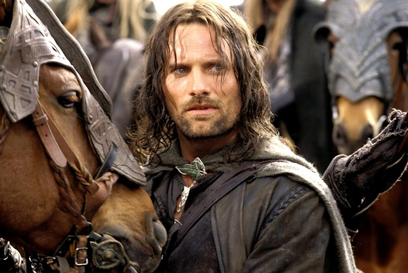 THE LORD OF THE RINGS: TWO TOWERS, Viggo Mortensen, 2002, (c) New Line/courtesy Everett Collection