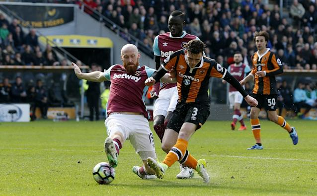 <p>Hull City's Andrew Robertson scores their first goal </p>