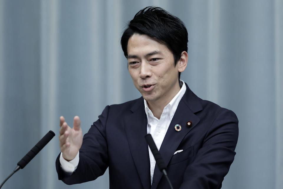 Shinjiro Koizumi, Japan's newly-appointed environment minister, gestures while speaking during a news conference at the Prime Minister's official residence in Tokyo, Japan, on Wednesday, Sept. 11, 2019. Japanese Prime Minister Shinzo Abe reshuffled his cabinet Wednesday, appointing allies to key positions as he moves closer to becoming the country's longest-serving premier in November. Photographer: Kiyoshi Ota/Bloomberg