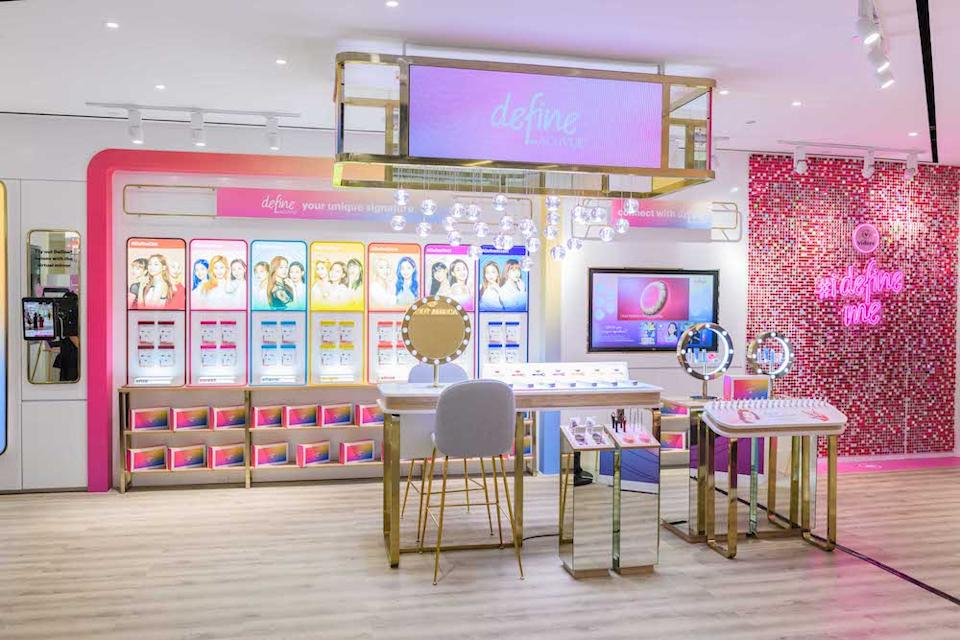 At the beauty salon, after getting fitted with Define by Acuvue lens, customers can opt for a beauty makeover with products from a Korean brand (PHOTO: Videre Eyecare)