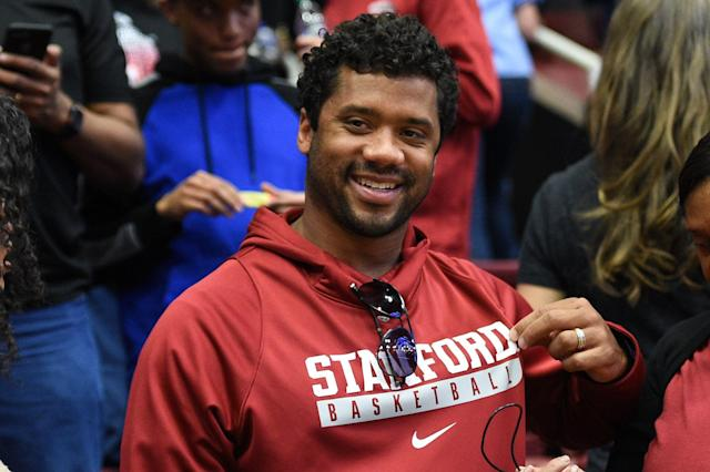 Seattle Seahawks quarterback Russell Wilson surprised his mom with a new home on Mothers' Day. (Getty Images)
