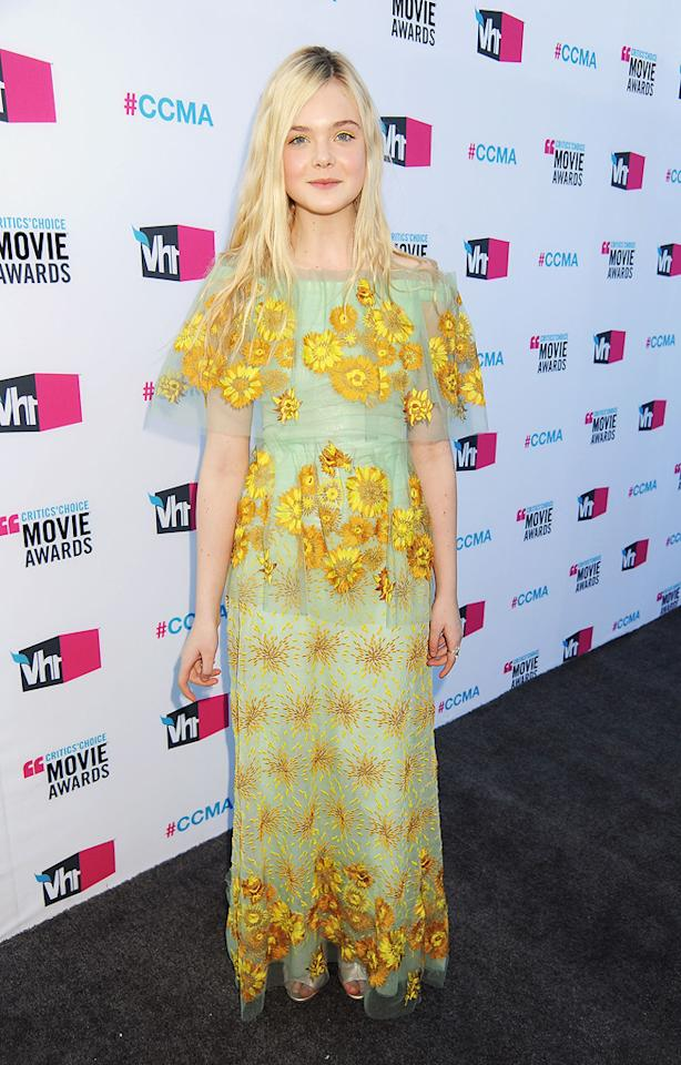 """<a href=""""http://movies.yahoo.com/movie/contributor/1808461888"""">Elle Fanning</a> at the 17th Annual Critics' Choice Awards in Hollywood on January 12, 2012."""