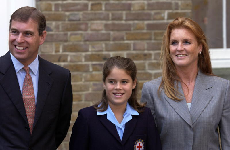 WINDSOR, UNITED KINGDOM - SEPTEMBER 06: Prince Andrew [ Duke Of York] And Sarah, Duchess Of York Taking Their Daughter, Princess Eugenie, To Her New School, St Georges, In Windsor, Berkshire. (Photo by Tim Graham Photo Library via Getty Images)