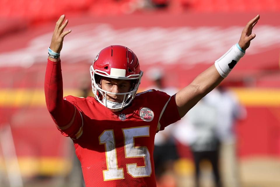 KANSAS CITY, MISSOURI - OCTOBER 11:  Patrick Mahomes #15 of the Kansas City Chiefs celebrates a two point conversion pass against the Las Vegas Raiders during the fourth quarter at Arrowhead Stadium on October 11, 2020 in Kansas City, Missouri. (Photo by Jamie Squire/Getty Images)