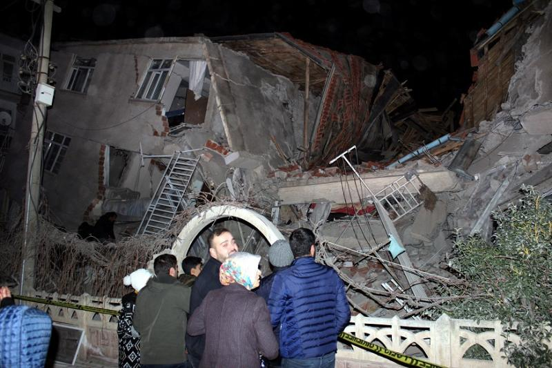 Turkey Ends Rescue Efforts after Earthquake Death Toll Reaches 41