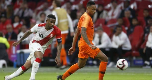 Foot - HOL - Pays-Bas : Kenny Tete finalement convoqué