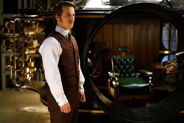 Freddie Stroma as H.G. Wells in 'Time After Time' (Credit: ABC)