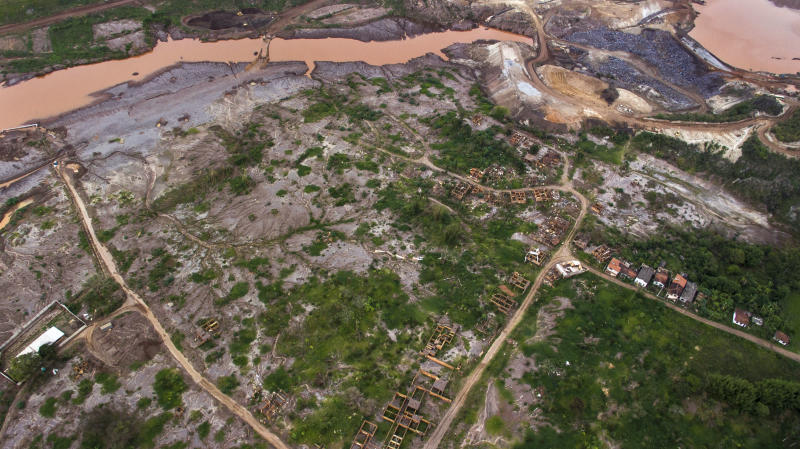 Aerial shots of Bento Rodrigues showing the flooded areas of the S3 and S4 dams - the lather threatens to flood the destructed area of the district, which residents demand to be transformed into a memorial of the most affected district by the burst of Samarco's dam burst. Brazil's biggest enviromental tragedy, happened in Mariana, in the landlocked state of Minas Gerais, launched 40 billion liters of iron-mining tails contaminated mud into the environment, polluting as far as the Atlantic Ocean, 400 km away, and the Doce river on its whole 850km length. Mariana, Oct. 30th, 2016. (Photo by Gustavo Basso/NurPhoto via Getty Images)