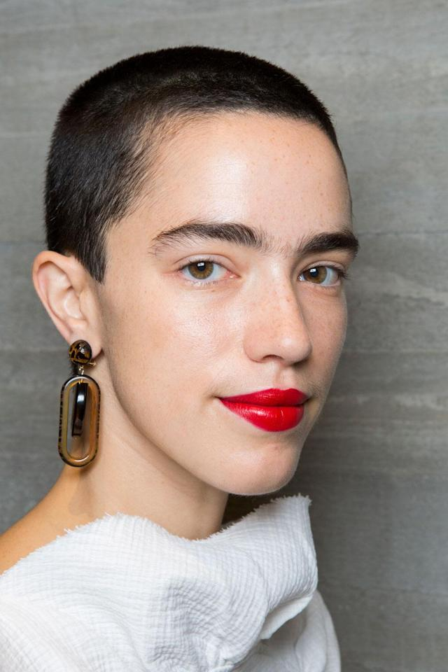 <p>Rachel Comey cast nonmodels in her show, and we love this feminized shaved head. (Photo: Getty Images) </p>