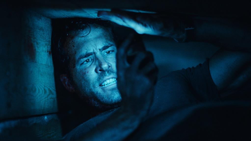 "<p class=""MsoPlainText"">""<a href=""http://movies.yahoo.com/movie/buried/"">Buried</a>"" (2010): Lionsgate anted up $3.2 million for this Ryan Reynolds thriller that didn't do much domestic thrilling. The film, which is mainly set within the claustrophobic confines of a buried coffin, only raked in about a million bucks domestically. Folks abroad didn't have nearly the same aversions to being buried alive, as the film grossed a respectable $18 mill. Alas, Lionsgate only had the domestic distribution rights. </p>"