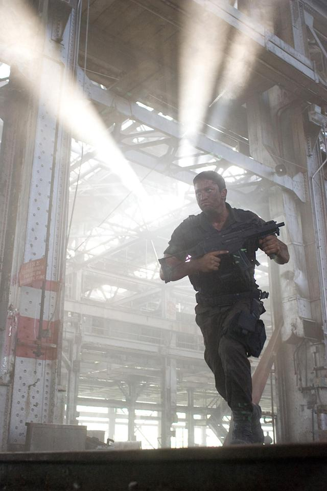"""<a href=""""http://movies.yahoo.com/movie/contributor/1803248911"""">Gerard Butler</a> in Lionsgate Films' <a href=""""http://movies.yahoo.com/movie/1810083444/info"""">Gamer</a> - 2009"""