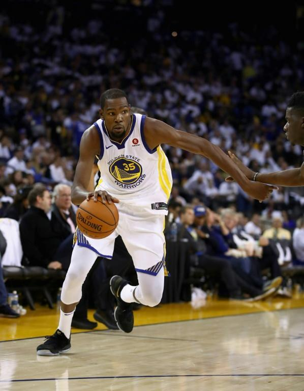 Kevin Durant of the Golden State Warriors stepped up with a 40-point performance in Portland, but that wasn't enough to stop the red-hot Trail Blazers