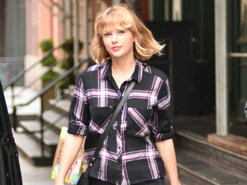 Taylor Swift and Joe Alwyn 'enjoy low-key romantic gestures'