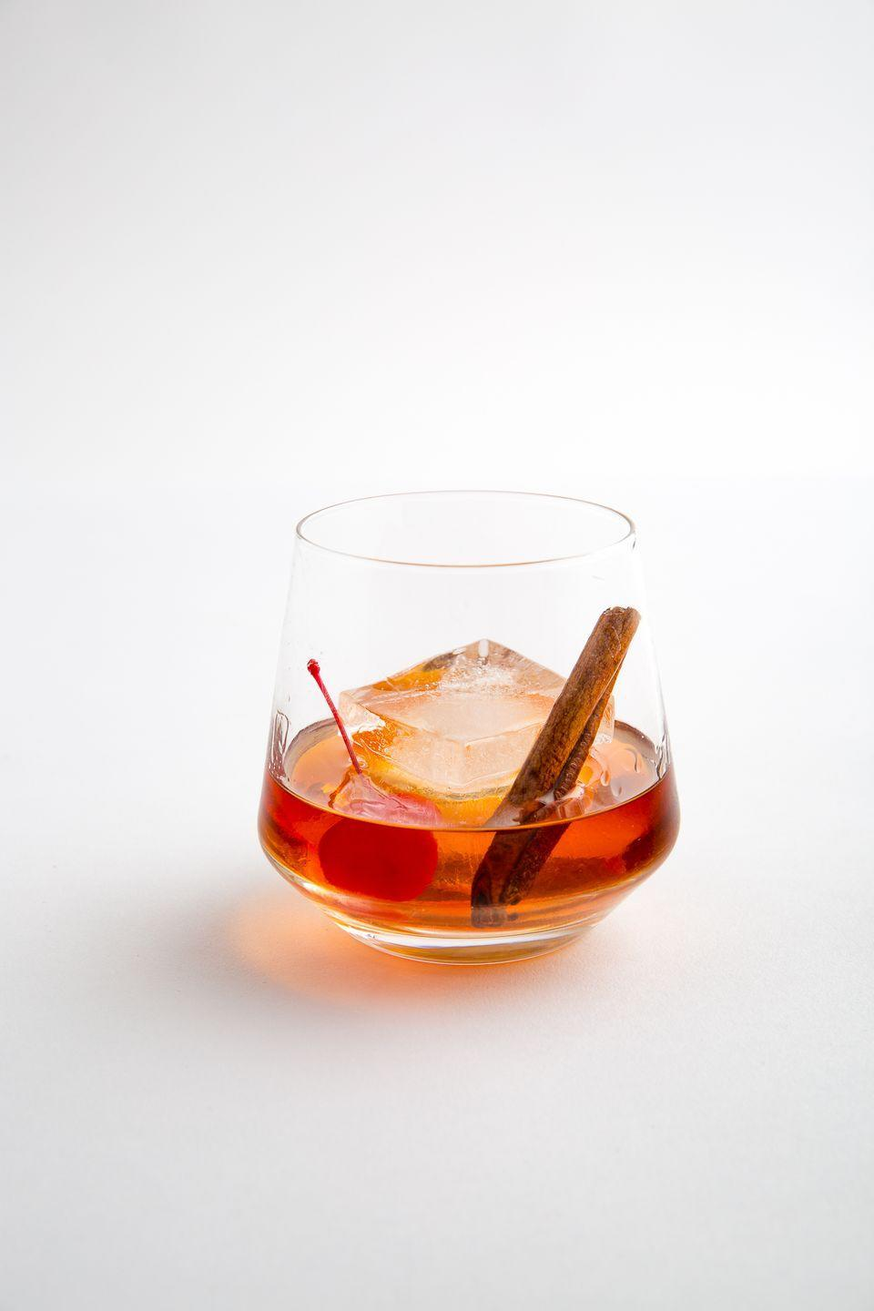 """<p>Try a sweet spin on the classic cocktail.<br></p><p>Get the recipe from <a href=""""https://www.delish.com/cooking/recipe-ideas/recipes/a49745/maple-bourbon-old-fashioned-recipe/"""" rel=""""nofollow noopener"""" target=""""_blank"""" data-ylk=""""slk:Delish"""" class=""""link rapid-noclick-resp"""">Delish</a>.</p>"""
