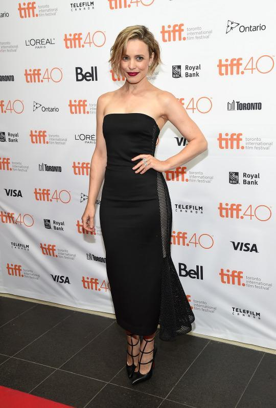"<p>Rachel McAdams worked the red carpet at the ""Every Thing Will Be Fine"" in a sexy strapless Cushnie et Ochs dress.</p>"