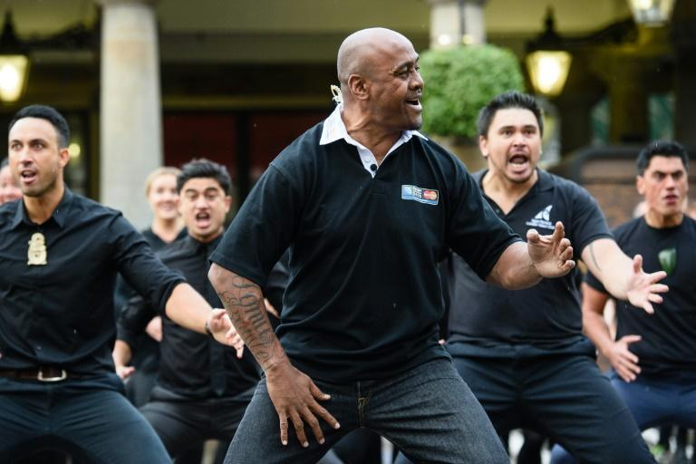 Former New Zealand rugby union player Jonah Lomu takes part in a haka in London on September 16, 2015