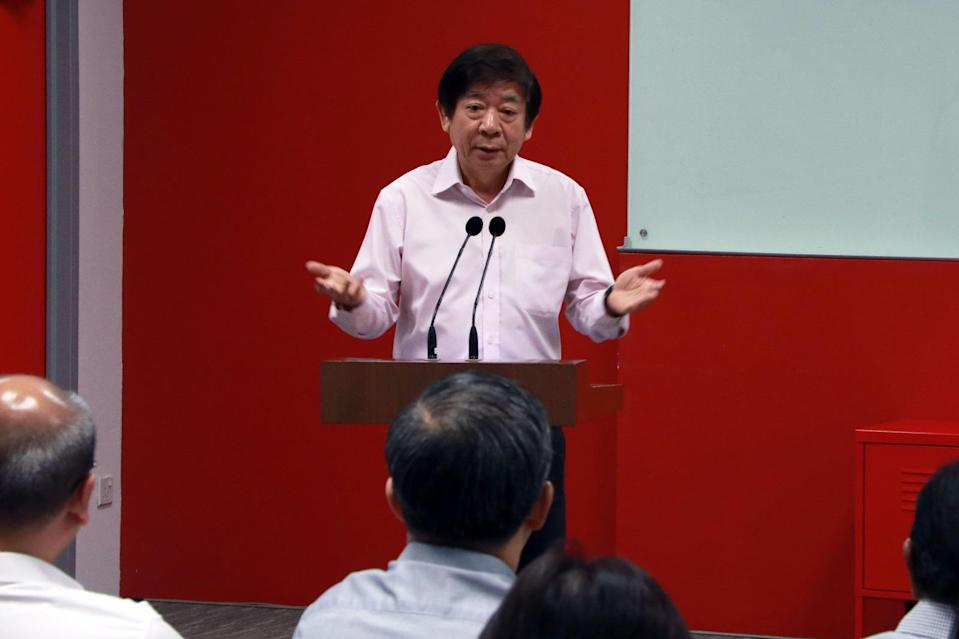 Transport Minister Khaw Boon Wan at a media briefing on 16 October 2017 where he apologised to commuters affected by the MRT tunnel flooding last month. Photo: Yahoo News Singapore
