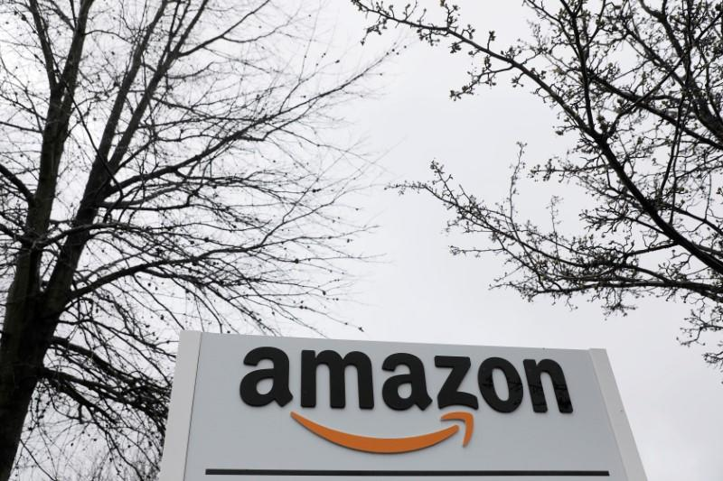 Amazon leases 12 aircraft to bolster air cargo fleet