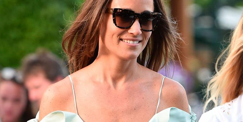 Photo credit: Pippa Middleton con un vestido de Tephi y gafas de Zanzan. © Gtres / © Getty images