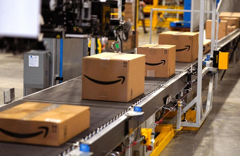 Amazon's proposition to employees: Quit and we'll pay you to haul packages