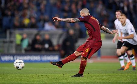 FILE PHOTO: Soccer Football - Champions League Semi Final Second Leg - AS Roma v Liverpool - Stadio Olimpico, Rome, Italy - May 2, 2018 Roma's Radja Nainggolan scores their fourth goal from the penalty spot REUTERS/Alberto Lingria