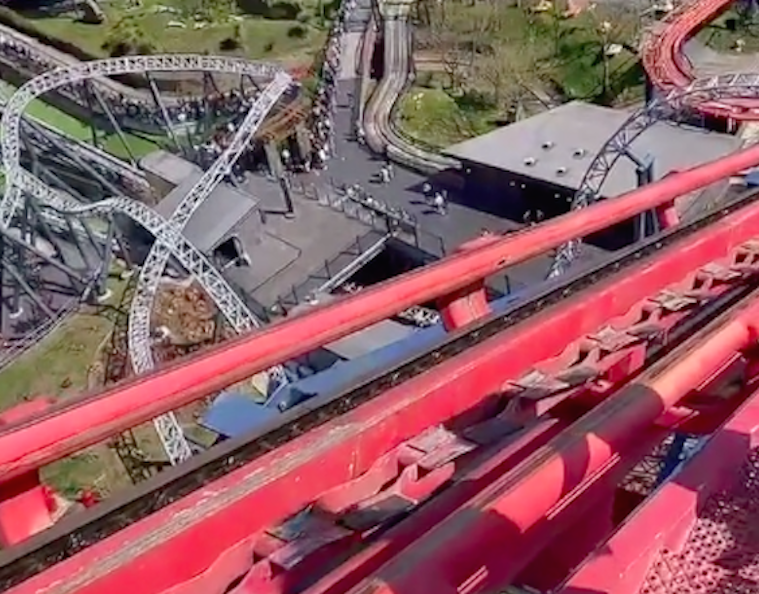 A rider's view of the walk back down the rollercoaster. (TikTok/@geo_connor)