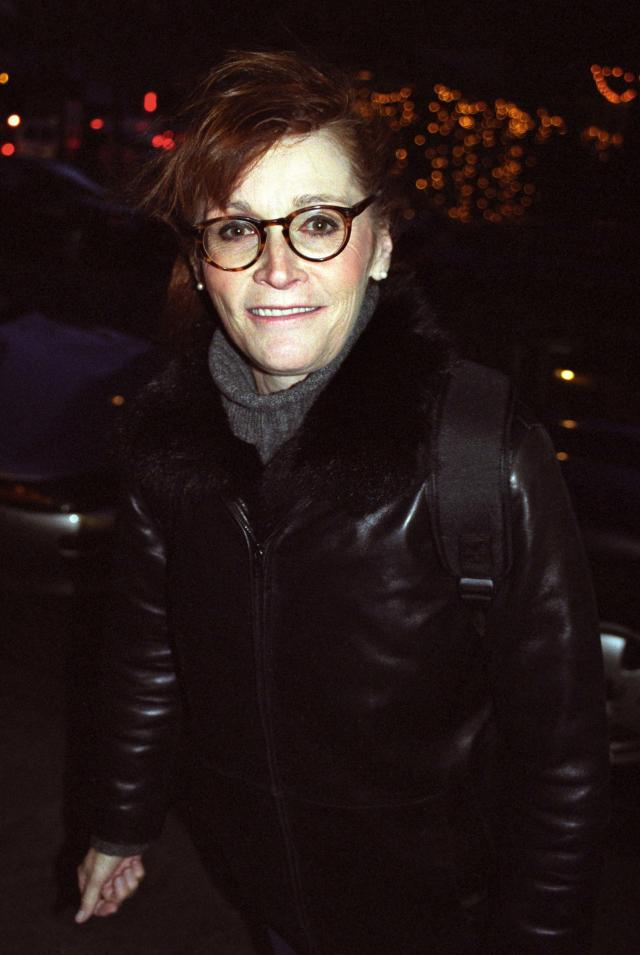 Margot Kidder leaves the Westside Theater in New York after a performance of <em>The Vagina Monologues</em>, December 2002. (Photo: Derek Storm/FilmMagic)