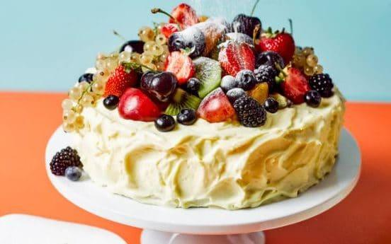 summer berry frosted cake - Haarala Hamilton