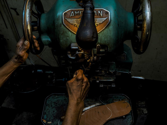 "<p><strong>Ralph — cobbler</strong><br> Sanwal, from Columbus, Ohio, said that he hopes to eventually turn his ""Work"" images into a book, featuring interviews with those photographed and portrait images, too. (Photo: Sanwal Deen/Caters News) </p>"