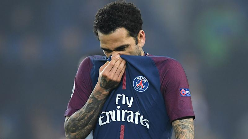 Dani Alves expected to be fit for World Cup despite knee injury