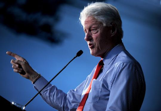 Former President Bill Clinton campaigns for his wife, Hillary Clinton, at Edison High School in Edison, N.J., on May 27, 2016. (Photo: Dennis Van Tine/MediaPunch/IPX)