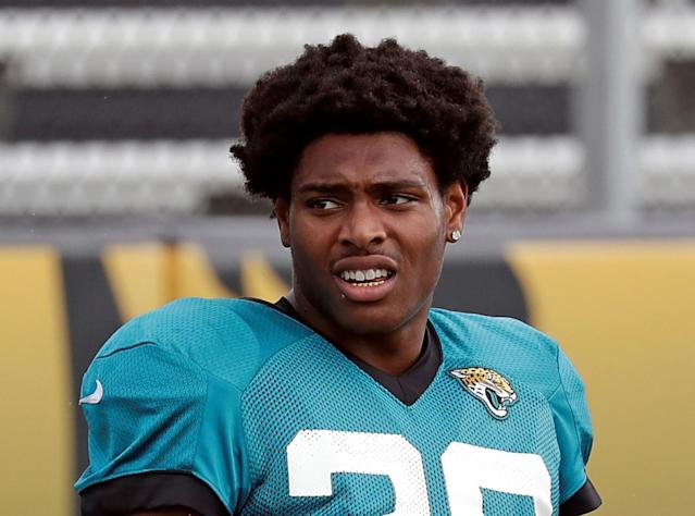 "It would take way more than six months for <a class=""link rapid-noclick-resp"" href=""/nfl/players/29239/"" data-ylk=""slk:Jalen Ramsey"">Jalen Ramsey</a> to make the NHL … right? (AP Photo)"