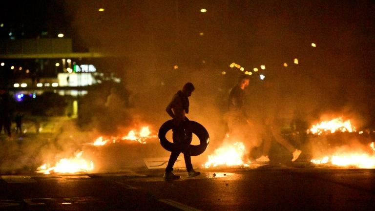 Riot in Sweden after anti-Muslim Danish leader banned