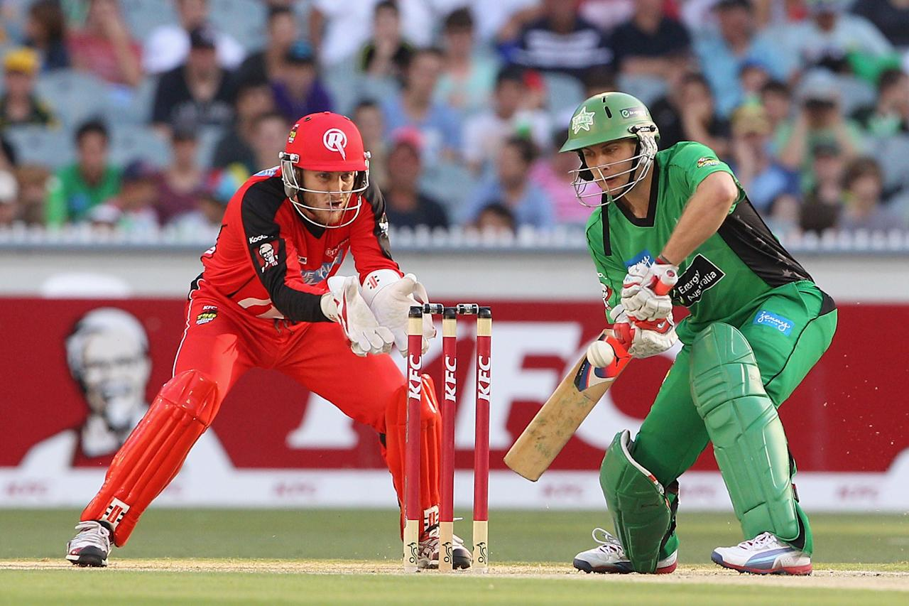 MELBOURNE, AUSTRALIA - JANUARY 06:  Luke Wright of the Stars plays a shot during the Big Bash League match between the Melbourne Stars and the Melbourne Renegades at Melbourne Cricket Ground on January 6, 2013 in Melbourne, Australia.  (Photo by Robert Prezioso/Getty Images)