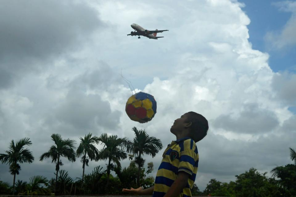 Domestic flights resume with restrictions