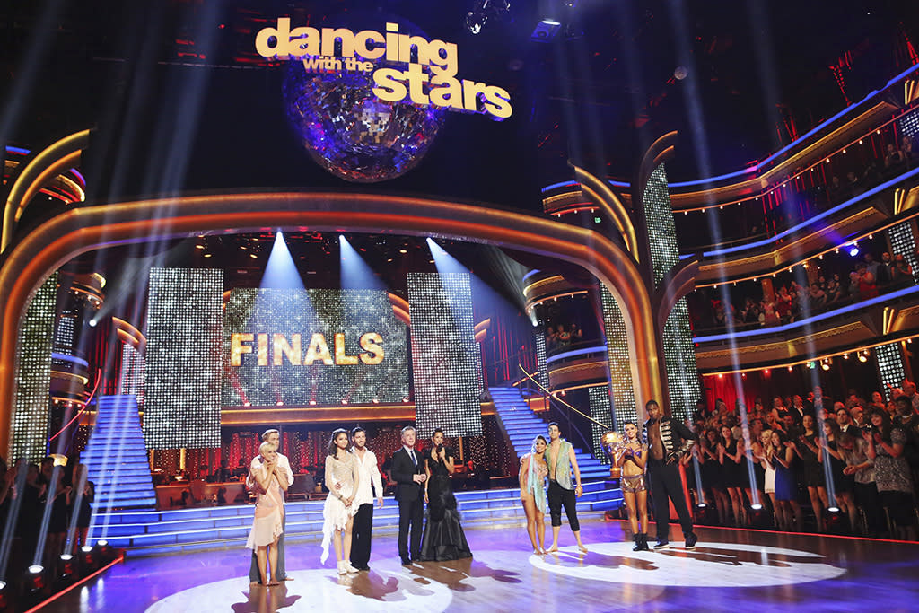 "The cast of ""Dancing With the Stars"" (5/20/13)"